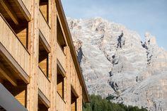 rivestimento in legno - risanamento - ampliamento - Fassade - Verkleidung - Erweiterung Mount Everest, Mountains, Nature, Travel, Outdoor, Panelling, Outdoors, Naturaleza, Viajes