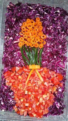 Salata üzeri çiçek