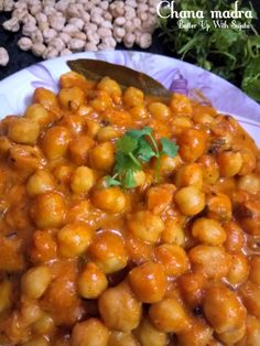 A very popular dish of Himachal Pradesh. No onion garlic rich chickpea curry cooked in yoghurt sauce. Easy to cook yet very flavourful and lip-smacking curry. Yes after Hariyana we lan… Low Calorie Salad, Chickpea Coconut Curry, Indian Food Recipes, Ethnic Recipes, Green Chilli, Chickpea Recipes, Tamarind, Bean Recipes, Spice Mixes