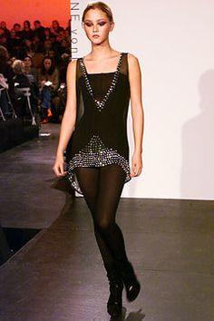 Diane von Furstenberg Fall 2002 Ready-to-Wear Fashion Show - Devon Aoki, Diane von Furstenberg