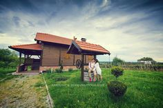 Photography Photos, Engagement Photography, Love Story, Cabin, Studio, House Styles, Cabins, Studios, Cottage