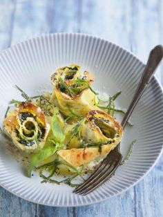 Roses de lasagnes chèvre épinard : Recette de Roses de lasagnes chèvre épinard - Marmiton