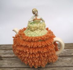 Vintage China Half Pin Doll Tea Cosy.Knitted  Crinoline Lady Tea Cosy. 1930 - 1940