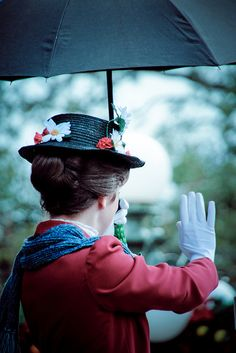 Great Mary Poppins cosplay...