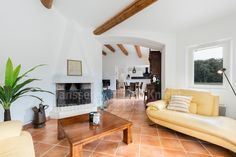 Villa for sale with pool in Bonnieux, Janssens Immobilier Provence Provence, Villa, Furniture, Home Decor, Real Estate, Decoration Home, Room Decor, Home Furnishings, Home Interior Design