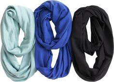 The Buff® Merino Wool Infinity Scarf is aptly named, since it's infinitely useful. The built-in Microclimate Control regulates your temp, even when it's wet.