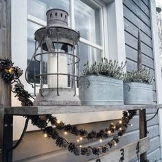 Instakodit.fi - Upeimmat kodit ja sisustukset - Sivu 8 Christmas Design, Christmas Diy, Christmas Decorations, Decorating Your Home, Diy Home Decor, Garden Living, Terrace Garden, Nature Crafts, Christmas Inspiration