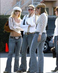 2000s Fashion Trends, Early 2000s Fashion, 90s Fashion, Vintage Fashion, Fashion Outfits, Cute Swag Outfits, Hot Outfits, Evolution Of Fashion, Harajuku Fashion