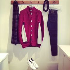 Our cosy outfit of the day is a Cocoon Button Cape in Boysenberry layered with a Winter Roll Neck in Agate, both by @_cameron_taylor then with a pair of Icon Rocket High Rise Blue #Citizens. We have accessorised this outfit with a #FalieroSarti Lidixa Navy Scarf and a #CT Hand Knit Braided Headband, finished off with #CommonProjects Tournament Low White Shoes! #ootd #outfitoftheday #fashion #winter #Epitome #Edinburgh