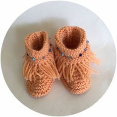 Nos Mocassins / Our Moccasins Moccasins, Baby Shoes, Native American Women, Types Of Shoes, Penny Loafers, Loafers, Baby Boy Shoes, Crib Shoes
