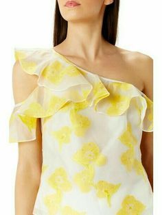 clippedonissuu from campana 04 dupree Fashion And Beauty Tips, Look Fashion, Trendy Fashion, Girl Fashion, Fashion Outfits, Fashion Design, Sewing Blouses, Frill Tops, Maxi Skirt Tutorial