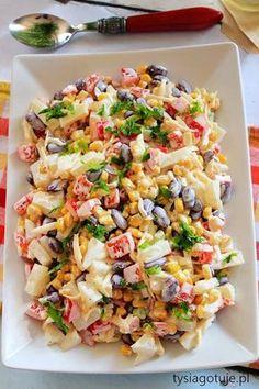 Sałatka meksykańska.....200 g sera żółtego (1 kostka) 1 duża czerwona papryka 1 puszka czerwonej fasoli 1 puszka kukurydzy 1 puszka ananasów 1 por (biała część) 4-6 łyżek majonezu sól świeżo mielony pieprz Impreza, Pasta Salad, Salad Recipes, Salads, Dinner Recipes, Veggies, Food And Drink, Ethnic Recipes, Crab Pasta Salad