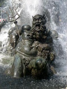 Grand Army Plaza Fountain - Brooklyn, NY