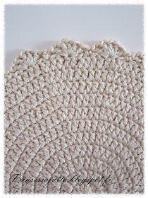 Prinsessajuttu: Kattausliinat (ohje) Princess Stories, Crochet Squares, Merino Wool Blanket, Crochet Lace, Handicraft, Knitting, Crochet Ideas, Triangles, Circles