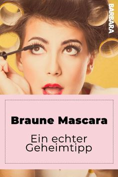 Braune Mascara: Deswegen ist sie noch besser als schwarze! Hardly anyone uses them, but she is ingenious: Our author recently knows why we should all use much more brown mascara. That's why the brown mascara is much better than the black mascara! Beauty Hacks Mascara, Makeup Hacks, Light Makeup Looks, Face Care Tips, Tumeric Face, How To Apply Mascara, Applying Mascara, Eyelash Curler, Eye Make Up