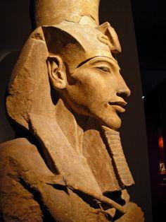 Egypte: Pharaon-homme , roi ,dieu -Exposition de Valenciennes 2007_2008