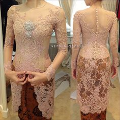 Dress brokat pendek modern 45 Ideas for 2019 Kebaya Muslim, Kebaya Hijab, Kebaya Dress, Batik Kebaya, Batik Dress, Lace Dress, Kebaya Bali, Vera Kebaya, Indonesian Kebaya