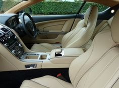 Aston Martin DB 9 interior