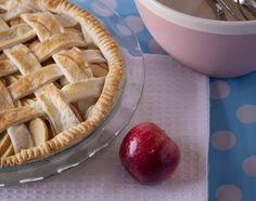 Apple Pie #applepie#apple#pie#fruit#di er#50s#homemade#dessert#stepford#cooking#vegan#plantbased#photography#foodporn#photography#foodphotographer#yum#golden#photo#food#pastel#slice#image#taste##light#polka#polkadots#happydays#sweet#photoshoot