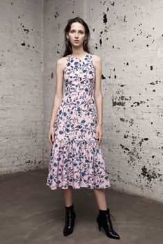 See the complete Rebecca Taylor Pre-Fall 2016 collection.