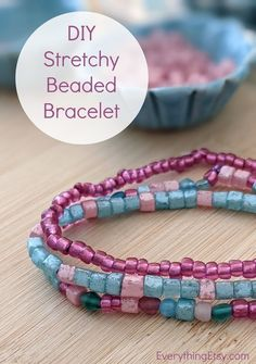 DIY Easy Stretchy Beaded Bracelet - Handmade Gift Idea on Everything Etsy Diy Gifts, Handmade Gifts, Easy Projects, Gifts For Him, Easy Diy, Beaded Bracelets, Kid Craft Gifts, Craft Gifts, Pearl Bracelets
