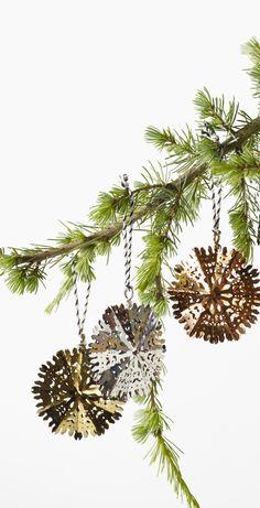 Make sure your Christmas tree sparkles, shines and shimmer with our Gold Double Snowflake Xmas Decoration. Oliver Bonas, Vintage Diy, Xmas Decorations, Tis The Season, Sparkles, Snowflakes, Monochrome, Merry, Christmas Tree