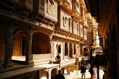 Jaisalmer Streets - like walking through rich ancient India #architecture