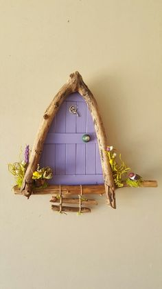 Door Crafts, Diy And Crafts, Crafts For Kids, Diy Fairy Door, Fairy Doors, Fairy Tree Houses, Fairy Garden Houses, Driftwood Crafts, Wooden Crafts