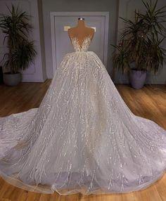 Dream Wedding Dresses, Bridal Dresses, Wedding Gowns, Designer Evening Gowns, Fantasy Gowns, Vintage 1950s Dresses, Gala Dresses, Wedding Attire, Beautiful Gowns