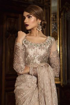 Maria B Latest Pakistani Formal Wedding Dresses Collection Pakistani Fashion Party Wear, Pakistani Formal Dresses, Pakistani Wedding Outfits, Pakistani Dress Design, Formal Dresses For Weddings, Party Fashion, Indian Outfits, Indian Fashion, Formal Wedding