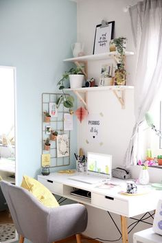 Home Office in a gray and white palette