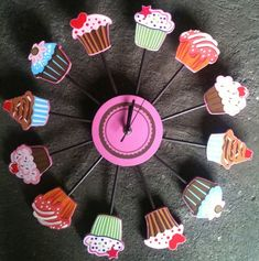 Cupcake clock - the best one I've seen yet!
