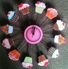 ideas para adornar tu cuarto con dulces que te encantarán Kitchen Decoration cupcake kitchen decor Cupcake Kitchen Decor, Kitchen Decor Themes, Kitchen Ideas, Bakery Design, Cafe Design, Cupcake Nursery, Cupcake Cookie Jar, Shoe Cupcakes, Cupcake Collection