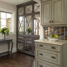 gray kitchen design idea 43