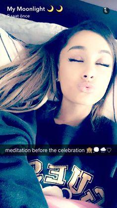 Ariana Grande'nin en çok beğendiğim fotoğraflarını sizinle paylaşmak … #hayrankurgu # Hayran Kurgu # amreading # books # wattpad