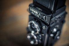 Equipo analógico de formato medio 6x6 para clases practicas de fotografía