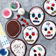 Our Sugar Skull-Inspired Day of the Dead Cookies Are Deliciously Spooky.
