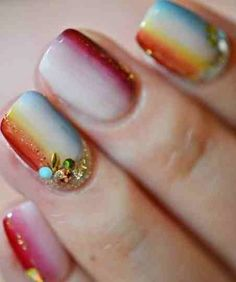 Vertical Dots Nail Designs This img263833a1aadb00fc7 http://www.epicee.com