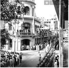 Desfile de la Hispanidad en los 40 en la Calle El Conde.