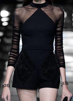 130186:  Balenciaga S/S 2015  (via) chateau-de-luxe.tumblr.com