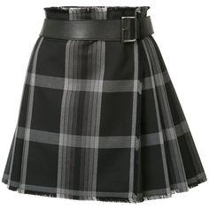 Alexander McQueen short tartan kilt (2,455 PEN) ❤ liked on Polyvore featuring skirts, mini skirts, bottoms, black, tartan pleated skirts, plaid pleated mini skirt, wrap skirt, tartan pleated mini skirt and short mini skirts