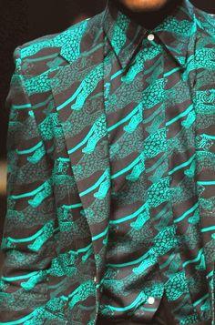 A. Sauvage fw 2014-15 Retrouvez toutes les sélections Best-Of de CéWax sur le blog: Style ethnique tissus africains, Ankara, african men fashion prints pattern fabrics, wax,, kente, kitenge, kanga, bogolan, pagne, mud cloth, woodin…