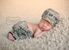 New Baby Photography Military Air Force 58 Ideas Newborn Pictures, Maternity Pictures, Baby Photos, Newborn Pics, Military Baby Announcement, Military Baby Pictures, Army Baby, Toddler Themes, Military Pants