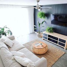 Feature Wall Living Room, Living Room Tv, Black Feature Wall, Living Room Styles, Guest Room Office, Black Walls, Fashion Room, Living Room Inspiration, Bedroom Wall