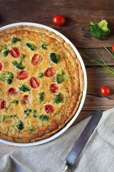 Tonhalas-brokkolis quiche Quiche, Breakfast, Recipes, Food, Morning Coffee, Eten, Recipies, Ripped Recipes, Quiches