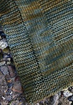 Beginner: Combine garter and stockinette stitches for a modern look. by Anita D Pikosky