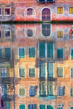 Venice Canal, Italy ~ a moment in time /explore/travel/ jd The Places Youll Go, Places To See, Beautiful World, Beautiful Places, Rome Florence, Venice Canals, Into The West, Bologna, Photos