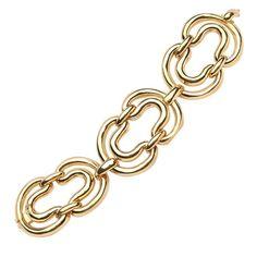 Antique Gold Modern Bracelets - For Sale at - Page 3 Link Bracelets, Jewelry Bracelets, Jewelery, Diamond Bracelets, Jewelry Drawing, Hand Jewelry, Ancient Jewelry, Gold Fashion, Bracelet Designs