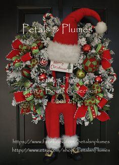 """Made to Order Item-Corona de Navidad """"Suspender de Santa"""" - Santa Wreath (Ver El tiempo de producción) Petals & Plumas Diseño original"""