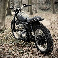 Kawasaki W650 Scrambler by French graphic artist Nicolas Barthelemy of Skuddesign.